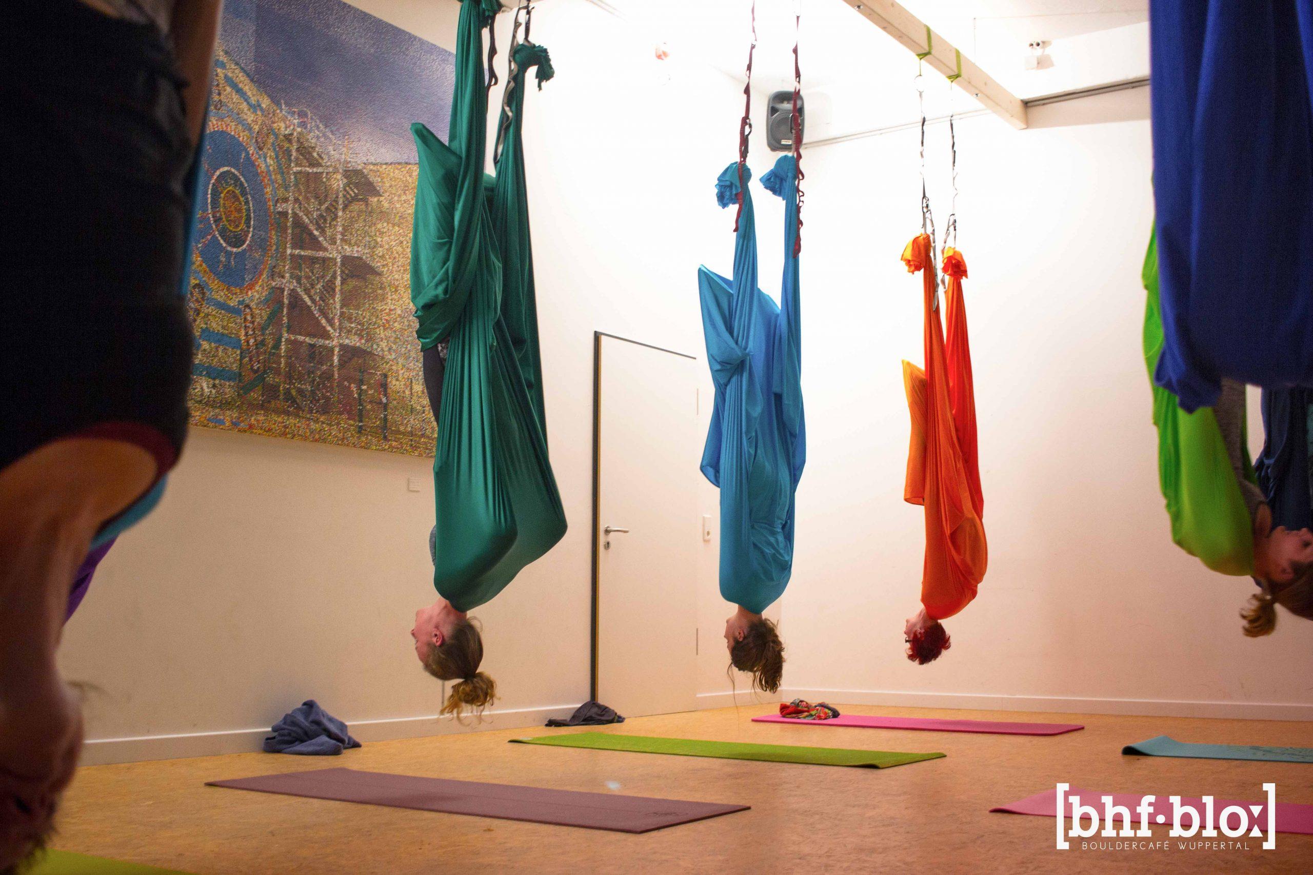 Aerial_Yoga_Impression-7